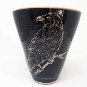 Raven pot